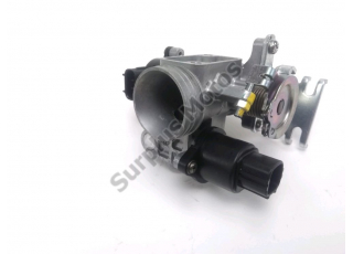 Corps d'injection gauche SUZUKI BURGMAN 125